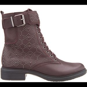 Vince Camuto boots !